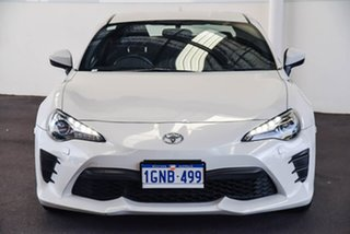 2018 Toyota 86 ZN6 MY17 Update GT White Liquid 6 Speed Manual Coupe.