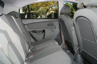 2010 Kia Rio JB MY11 SI White 5 Speed Manual Hatchback