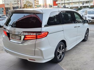 2017 Honda Odyssey RC MY17 VTi-L White 7 Speed Constant Variable Wagon