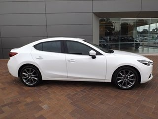 2017 Mazda 3 BN5238 SP25 SKYACTIV-Drive Astina Snowflake White 6 Speed Sports Automatic Sedan.