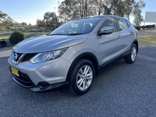 2017 Nissan Qashqai J11 ST Silver 6 Speed Manual Wagon.