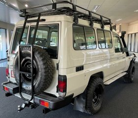 2013 Toyota Landcruiser VDJ78R MY13 Workmate Troopcarrier White 5 Speed Manual Wagon.