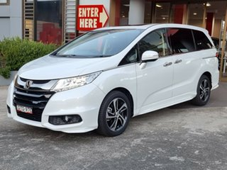 2017 Honda Odyssey RC MY17 VTi-L White 7 Speed Constant Variable Wagon.