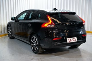 2016 Volvo V40 M Series MY16 D2 Adap Geartronic Kinetic Black 6 Speed Sports Automatic Hatchback