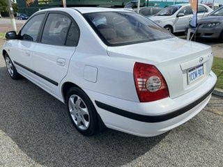 2005 Hyundai Elantra XD MY05 FX 2.0 HVT White 4 Speed Automatic Sedan.