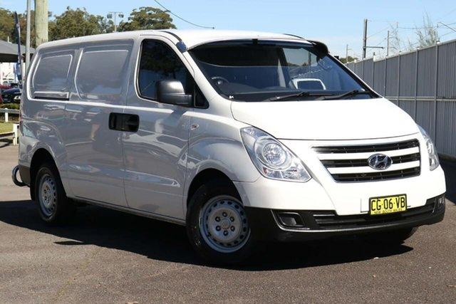 Used Hyundai iLOAD TQ3-V Series II MY16 North Gosford, 2015 Hyundai iLOAD TQ3-V Series II MY16 White 5 Speed Automatic Van