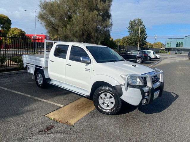Used Toyota Hilux KUN26R MY09 SR5 Mile End, 2009 Toyota Hilux KUN26R MY09 SR5 White 5 Speed Manual Utility