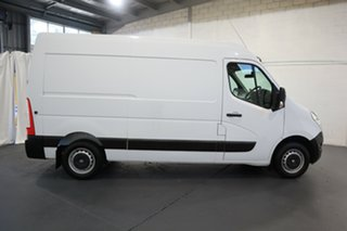 2018 Renault Master X62 MY17 MWB MID White 6 Speed Automated Manual Van.