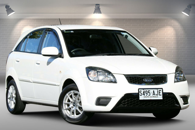 Used Kia Rio JB MY11 SI Nailsworth, 2010 Kia Rio JB MY11 SI White 5 Speed Manual Hatchback