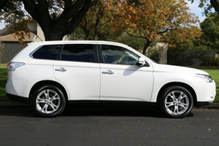 2013 Mitsubishi Outlander ZJ MY14 Aspire 4WD White 6 Speed Constant Variable Wagon