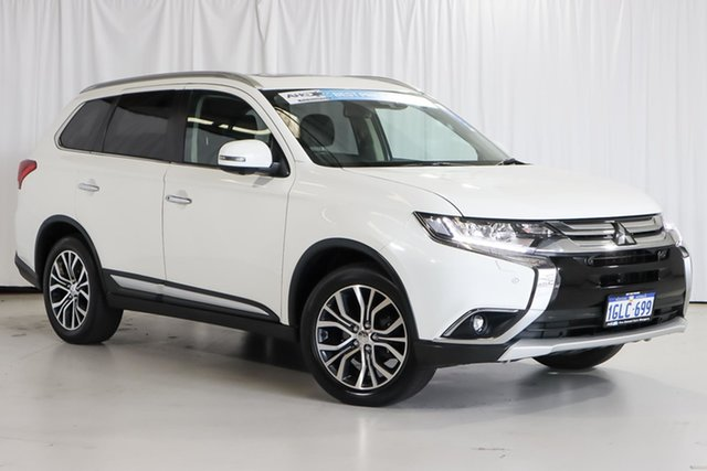 Used Mitsubishi Outlander ZK MY17 Exceed 4WD Wangara, 2017 Mitsubishi Outlander ZK MY17 Exceed 4WD White 6 Speed Constant Variable Wagon