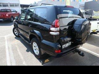 2006 Toyota Landcruiser Prado GRJ120R GXL (4x4) Black 5 Speed Automatic Wagon.
