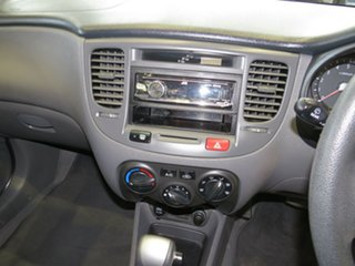 JB Hatchback 5dr Auto 4sp 1.6i