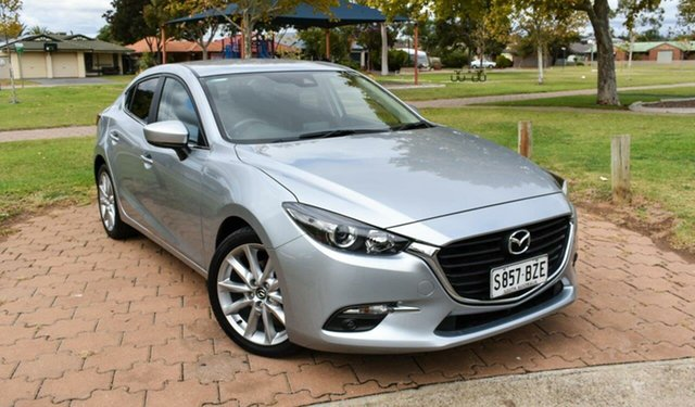 Used Mazda 3 BN5238 SP25 SKYACTIV-Drive Ingle Farm, 2018 Mazda 3 BN5238 SP25 SKYACTIV-Drive Silver 6 Speed Sports Automatic Sedan