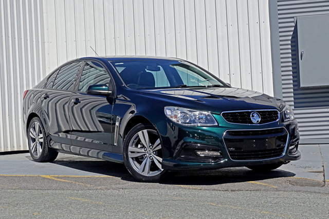 Used Holden Commodore VF MY14 SV6 Springwood, 2014 Holden Commodore VF MY14 SV6 Green 6 Speed Manual Sedan