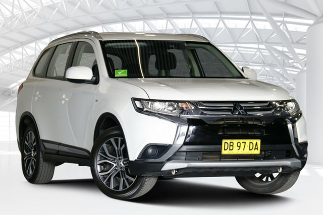 Used Mitsubishi Outlander ZL MY18.5 ES ADAS 5 Seat (2WD) Moorebank, 2017 Mitsubishi Outlander ZL MY18.5 ES ADAS 5 Seat (2WD) White Continuous Variable Wagon