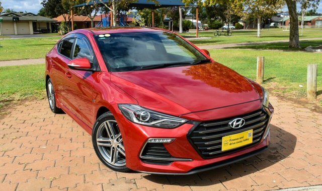 Used Hyundai Elantra AD MY17 SR DCT Turbo Ingle Farm, 2017 Hyundai Elantra AD MY17 SR DCT Turbo Red 7 Speed Sports Automatic Dual Clutch Sedan