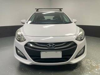 2014 Hyundai i30 GD2 Active White 6 Speed Manual Hatchback.