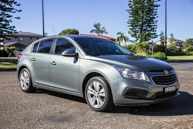 Used Holden Cruze JH Series II MY15 Equipe Port Macquarie, 2015 Holden Cruze JH Series II MY15 Equipe Green 6 Speed Sports Automatic Hatchback