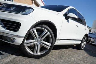 2016 Volkswagen Touareg 7P MY16 V8 TDI Tiptronic 4MOTION R-Line White 8 Speed Sports Automatic Wagon.
