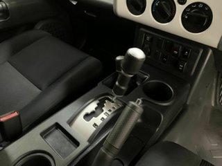 2013 Toyota FJ Cruiser GSJ15R MY14 White 5 Speed Automatic Wagon
