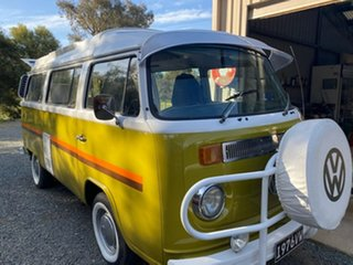 1976 Volkswagen Transporter Kombi Type 2 Kombi Yellow 4 Speed Manual Van.