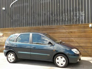 2004 Renault Scenic J64 MY03 Expression Green 4 Speed Automatic Hatchback.