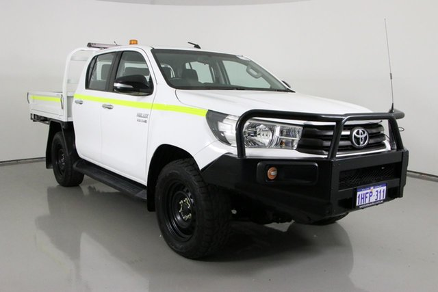 Used Toyota Hilux GUN126R SR (4x4) Bentley, 2016 Toyota Hilux GUN126R SR (4x4) White 6 Speed Automatic Dual Cab Chassis