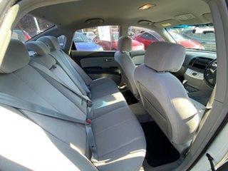 2007 Hyundai Elantra HD SLX White 4 Speed Automatic Sedan