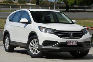 2013 Honda CR-V RM VTi White 6 Speed Manual Wagon.