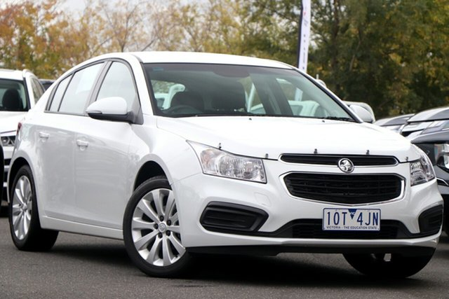 Used Holden Cruze JH Series II MY16 Equipe Essendon North, 2016 Holden Cruze JH Series II MY16 Equipe White 6 Speed Sports Automatic Hatchback