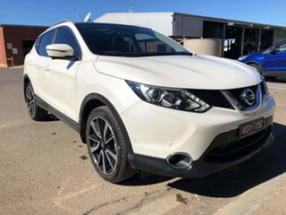 2017 Nissan Qashqai J11 TL White 1 Speed Constant Variable Wagon.