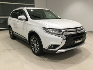 2017 Mitsubishi Outlander ZK MY17 LS 2WD White/gf7w 6 Speed Constant Variable Wagon.