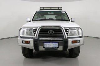 2004 Toyota Landcruiser HZJ105R GXL (4x4) White 5 Speed Manual 4x4 Wagon.