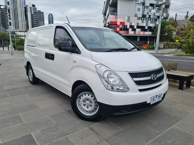 Used Hyundai iLOAD TQ2-V MY15 South Melbourne, 2015 Hyundai iLOAD TQ2-V MY15 White 6 Speed Manual Van
