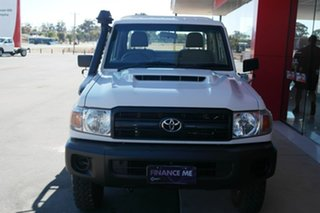 2017 Toyota Landcruiser VDJ79R Workmate White 5 Speed Manual Cab Chassis.