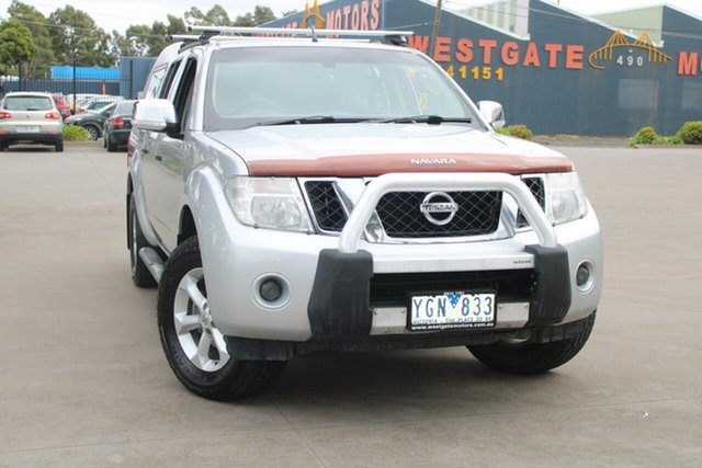 Used Nissan Navara D40 ST-X (4x4) West Footscray, 2010 Nissan Navara D40 ST-X (4x4) Silver 6 Speed Manual Dual Cab Pick-up