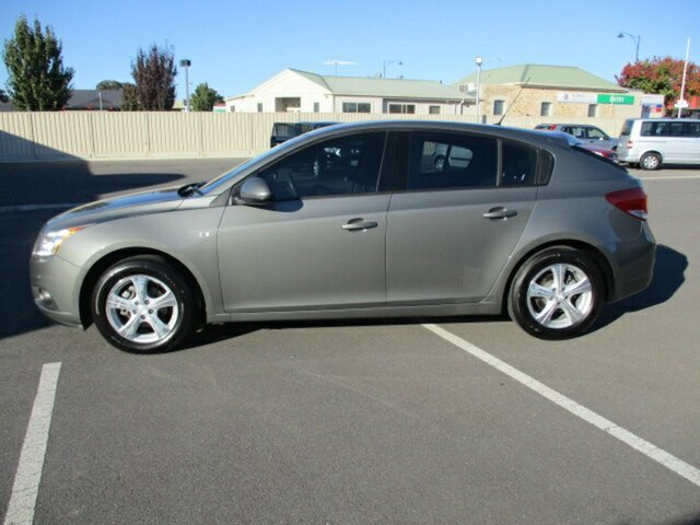 Used Holden Cruze JH Series II MY12 CD Murray Bridge, 2012 Holden Cruze JH Series II MY12 CD Dark Green 6 Speed Sports Automatic Hatchback