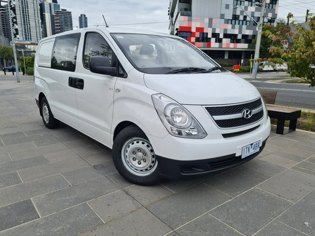Used Hyundai iLOAD TQ2-V MY15 Crew Cab South Melbourne, 2015 Hyundai iLOAD TQ2-V MY15 Crew Cab White 5 Speed Automatic Van