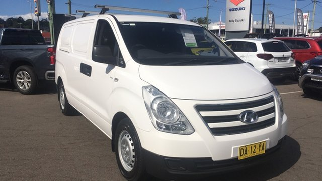 Used Hyundai iLOAD TQ3-V Series II MY17 Cardiff, 2016 Hyundai iLOAD TQ3-V Series II MY17 White 5 Speed Automatic Van