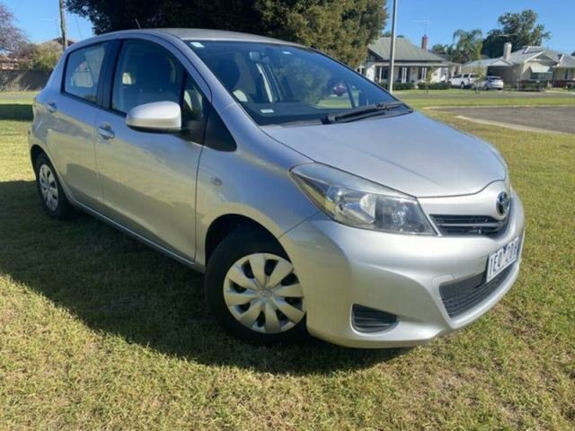 Used Toyota Yaris NCP130R YR Wangaratta, 2013 Toyota Yaris NCP130R YR Silver 5 Speed Manual Hatchback