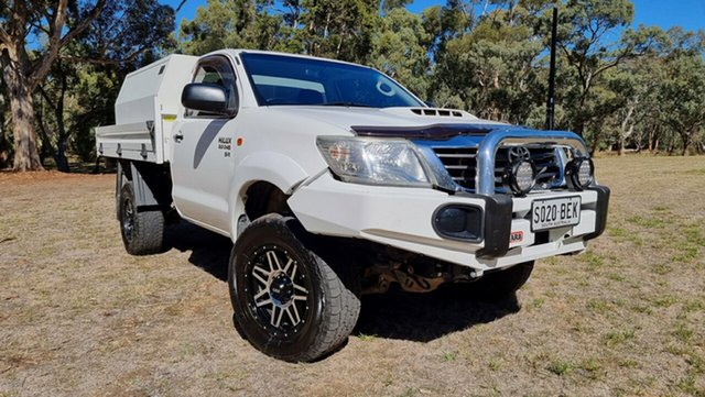 Used Toyota Hilux KUN26R MY14 SR Nuriootpa, 2014 Toyota Hilux KUN26R MY14 SR White 5 Speed Automatic Cab Chassis