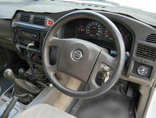2005 Nissan Patrol GU II ST White 5 Speed Manual Cab Chassis