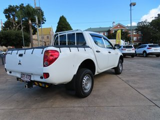 2007 Mitsubishi Triton ML GLX White 4 Speed Automatic Double Cab Utility.