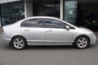2009 Honda Civic 8th Gen MY09 VTi-L Silver 5 Speed Automatic Sedan.