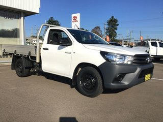 2016 Toyota Hilux GUN122R Workmate 4x2 Glacier White 5 Speed Manual Cab Chassis.