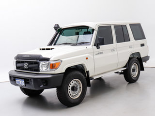2020 Toyota Landcruiser VDJ76R MY18 Workmate (4x4) White 5 Speed Manual Wagon.