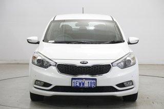 2013 Kia Cerato YD MY14 S White 6 Speed Sports Automatic Hatchback.
