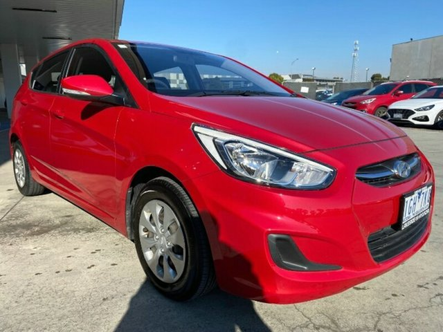 Used Hyundai Accent RB3 MY16 Active Ravenhall, 2015 Hyundai Accent RB3 MY16 Active Veloster Red 6 Speed Constant Variable Hatchback