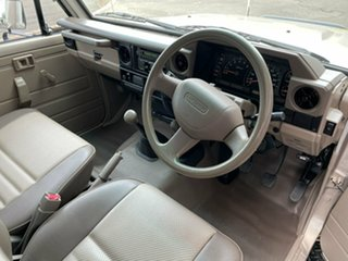 2008 Toyota Landcruiser VDJ79R Workmate 5 Speed Manual Cab Chassis.